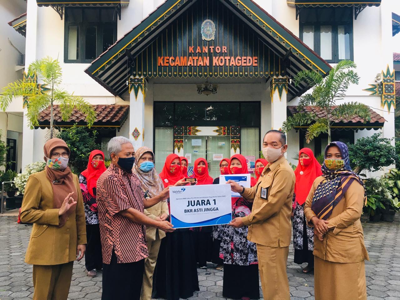 BKR Asti Jingga RW 5 Kelurahan Purbayan Kecamatan Kotagede Juara 1 Tingkat Daerah Istimewa Yogyakarta